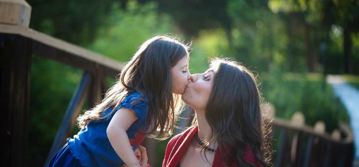 5 motive să iubești rolul de părinte singur